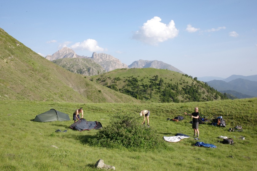 Camping beneath Miliá