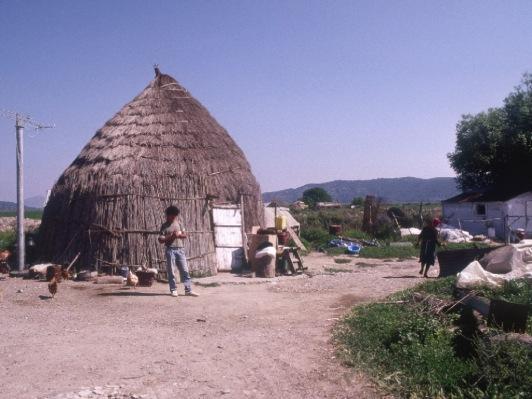 Iniadha:huts:2