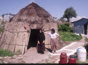 Iniadha:Sarakatsan huts