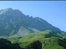 Vardhoúsia: Pittimáliko meadows.